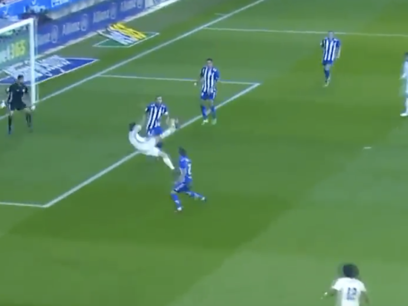 Chilena CR7, 6.png