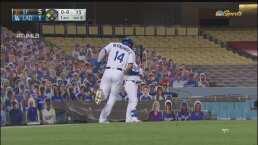 ¡Se pone 5-1! Hernández anota la carrera del descuento para Dodgers