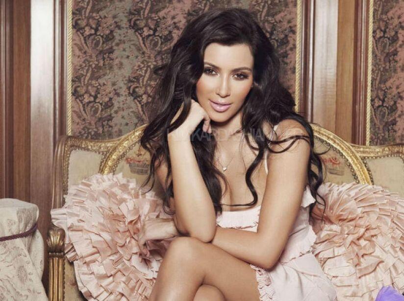 9. Kim Kardashian: La famosa estrella de realitys es una devoradora de papás a la francesa ¡con mucho queso!
