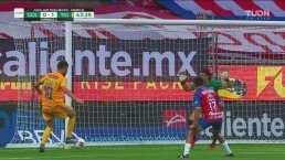 De Leo Fernández para Gignac y Tigres marca el 1-0 ante Chivas