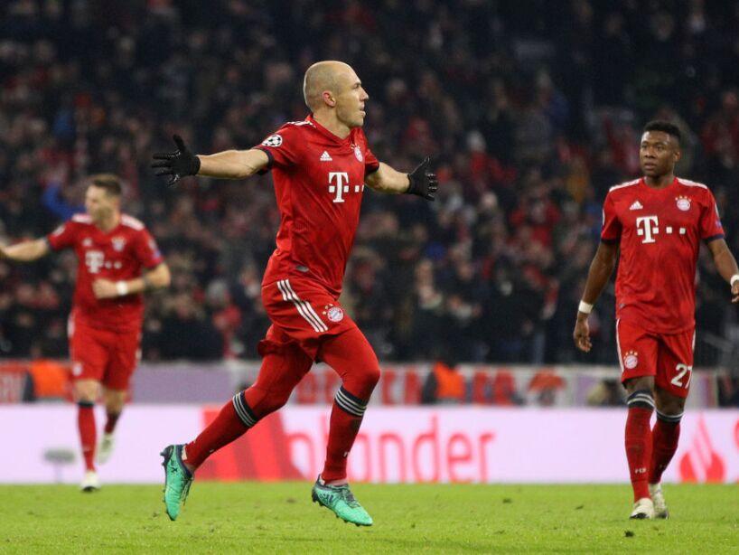 FC Bayern Muenchen v SL Benfica - UEFA Champions League Group E