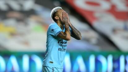 ¿Mala suerte? Mazatlán no supo conservar la ventaja y cayó ante León | En la recta final del partido, los de Ambriz le dieron la vuelta al juego en tiempo de compensación en la jornada cabalística.