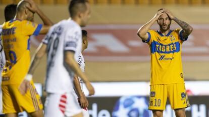 Tigres empató con Pachuca en la J2 del Guard1anes 2020 de la Liga BBVA MX |  Los Tuzos emparejaron los cartones en el 85' para cerrar el marcador 1-1.
