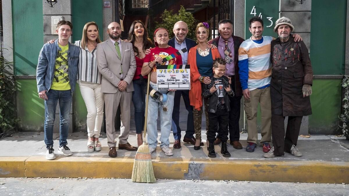 Imagenes De Silvia Olvera el elenco de 'vecinos' arrancó las grabaciones de su sexta