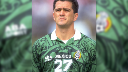 Carlos Hermosillo se consagró con el Cruz Azul, pues ahí adquirió madurez y explotó sus cualidades como goleador.