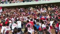 Hubo bronca: aficionados de Chivas terminan a golpes