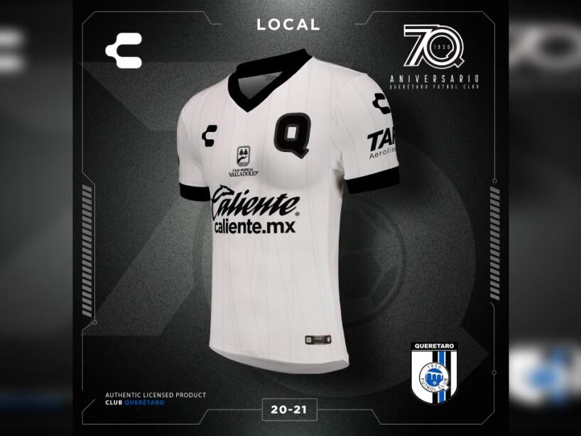 Uniforme Querétaro 1.jpg