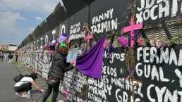 Con carteles y flores, las vallas del Palacio Nacional se convirtieron en un memorial de víctimas de feminicidio