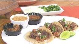 Tacos de cecina con salsa molcajeteada
