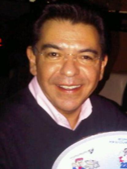 'En familia con Chabelo' fue uno de los programas más exitosos de la televisión mexicana y uno de los personajes más importantes, además de Chabelo, era el 'Señor Aguilera', locutor principal de la emisión. A seis años de que terminó la producción, te mostramos cómo luce y qué fue de Jorge Alberto Aguilera, padrastro de Aislinn Derbez.