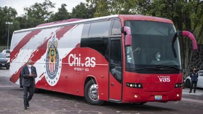 Las Chivas arribaron a Ciudad Universitaria para disputar el último partido de la Copa GNP por México en la final frente a Cruz Azul.