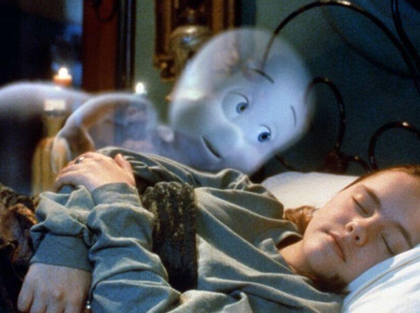 2. Gasparín: El fantasma amigable, y animado por computadora, se enamora en esta película de (1995) Christina Ricci.