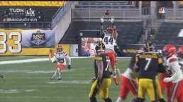 ¡Intercepción y 'mueren' los Steelers! Takitaki frena el pase de Ben