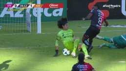 ¡Se pierde el empate! Renato Ibarra perdona en el área de Santos
