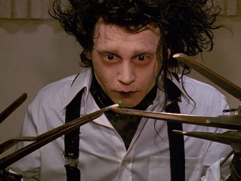 15. Edward Scissorhands (1990): Sin duda, el personaje más querido que Depp ha protagonizado. ¡Nos encanta el hombre manos de tijeras!