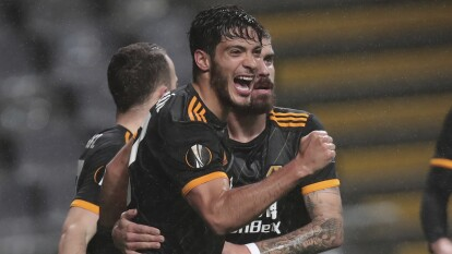 Raúl Jiménez ha demostrado ser un jugador de élite y muy completo, pues ha anotado 15 goles y ha tenido tres asistencias en los 24 partidos jugados con el Wolverhampton.