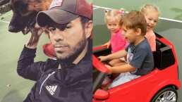 El hijo de Enrique Iglesias lleva a sus hermanitas de paseo en un auto convertible