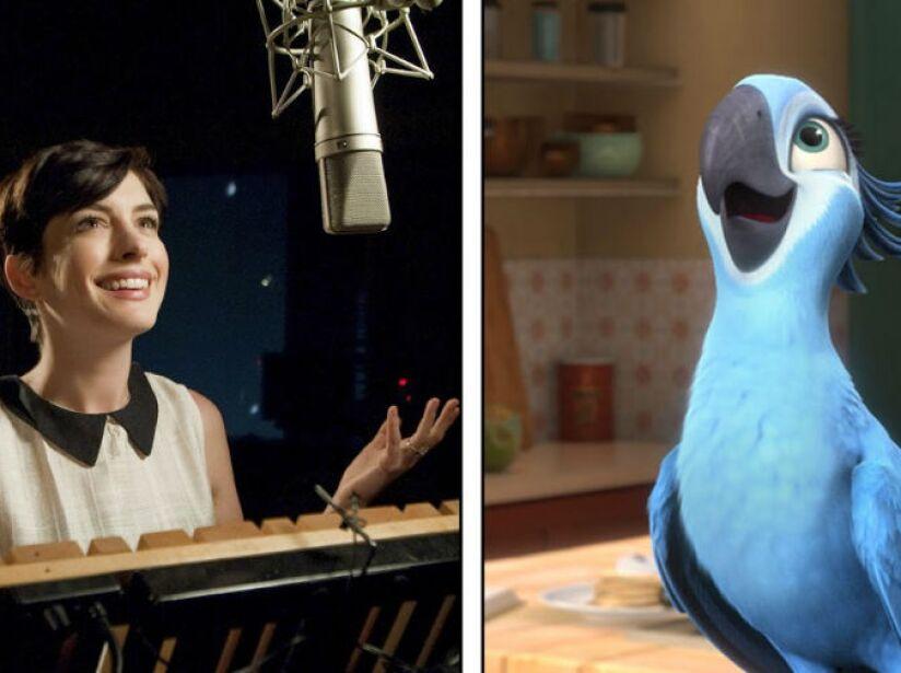 2. Anne Hathaway: La ganadora del Oscar es la siempre feliz y atrevida Jewel, una guacamaya en Río.