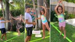 Jacky Bracamontes y sus hijas ponen a prueba su equilibrio ¡en el slackline!