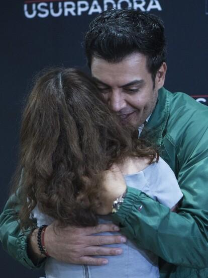 Andrés Palacios agradeció el cariño del público que lo ovacionó por su personaje de 'Carlos Bernal' en La Usurpadora.
