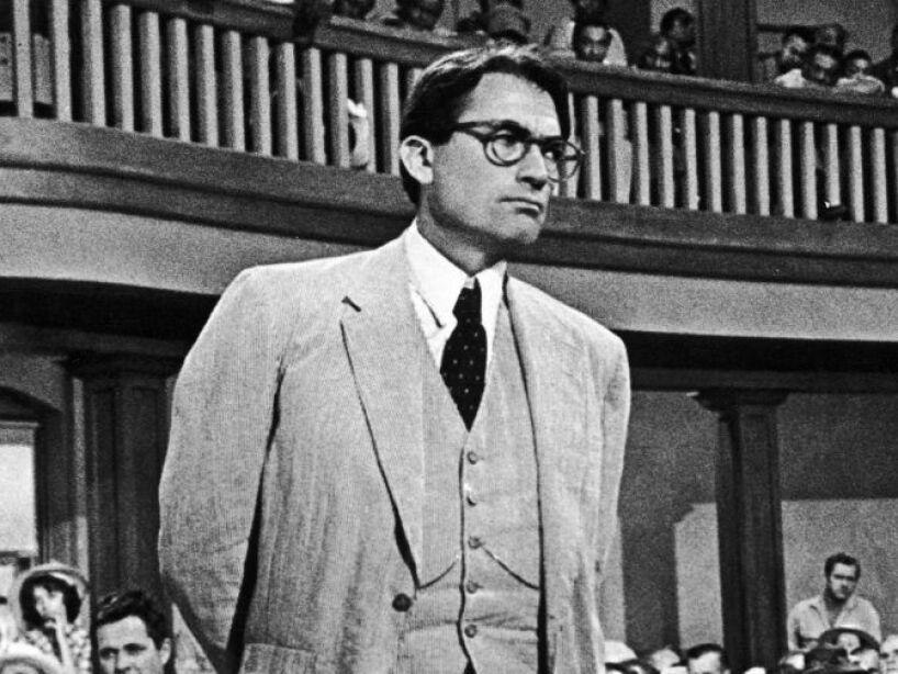 4. Atticus Finch: Interpretado por Gregory Peck en To Kill a Mockingbird, este abogado atrajo encabezados.