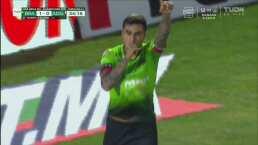¡Letal! Lezcano no perdona y de penal marca el 1-0 para los Bravos