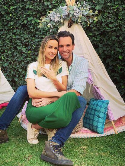 Odalys Ramírez y Patricio Borghetti se comprometieron en matrimonio el pasado 8 de diciembre en medio de una reunión íntima con amigos y familiares, quienes fueron testigos del nuevo capítulo que están a punto de comenzar.
