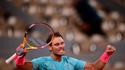 Las postales del juego 100 en Roland Garros de Rafael Nadal | En su centenar de juegos en la arcilla del Abierto de Francia, Nadal venció al italiano Jannik Sinner con parciales de 7-6, 6-4 y 6-1.