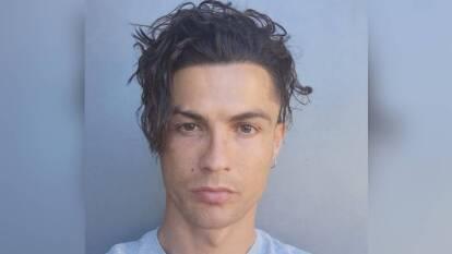¿Cuál es el mejor 'look' de Cristiano Ronaldo? | Te presentamos los mejores peinados que CR7 ha lucido a lo largo de su impecable carrera. | Así lució en su regreso a la actividad tras la cuarentena.