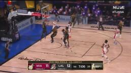 ¡Impresionante! Anthony Davis anota con asistencia de LeBron James