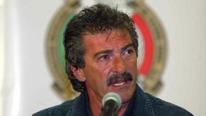 - Ricardo La Volpe, entrenador argentino con un gran paso en la historia del futbol mexicano y de la Selección Mexicana, es una de las autooridades para haablara sobre el mejor XI en la historia del balompié azteca.<br>- ¡Descubre su once inicial de lujo!<br>- Sobresale la ausencia de jugadores como Cuauhtémoc Blanco y 'Chicharito' principalmente.</br></br>