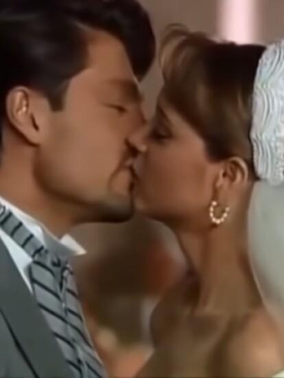 La Usurpadora: ?Paulina? (Gabriela Spanic) y ?Carlos Daniel? (Fernando Colunga) sellaron su amor frente al altar en una fastuosa ceremonia donde el amor fue el protagonista.