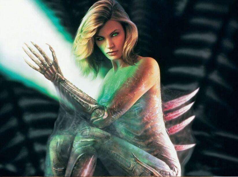 Sil: ¡Los aliens también son sensuales! Un híbrido creado con ADN extraterrestre en Species, ¿el resultado? La bella Natasha Henstridge.
