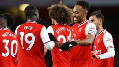 El Arsenal goleó al Newcastle en el segundo tiempo 4-0 con goles de Aubameyang, Nicolas Pepe, Özil y Lacazette para llegar a 34 puntos y dejar a los Magpies en 31.