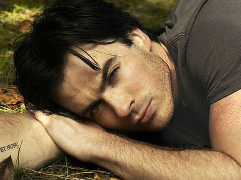 Saltó a la fama por su interpretación de Boone Carlyle en la serie de televisión Lost.