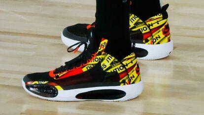Los jugadores lucen distintas marcas y diseños de calzado en este regreso de la NBA dentro de la burbuja en Orlando.
