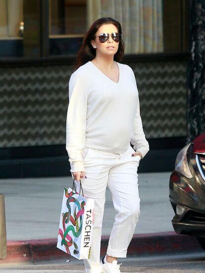 Eva Longoria salió de compras con su esposo, Pepe Bastón.