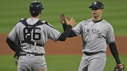 Los New York Yankees consiguen llevarse el juego uno con un marcador de 12-3 frenete a los Cleveland Indians