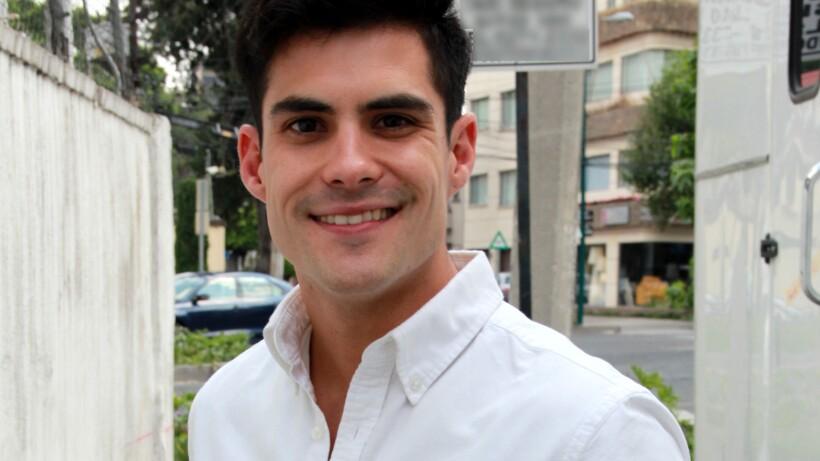 ENTREVISTA: ¡Erik Díaz se enamora de su enfermera!