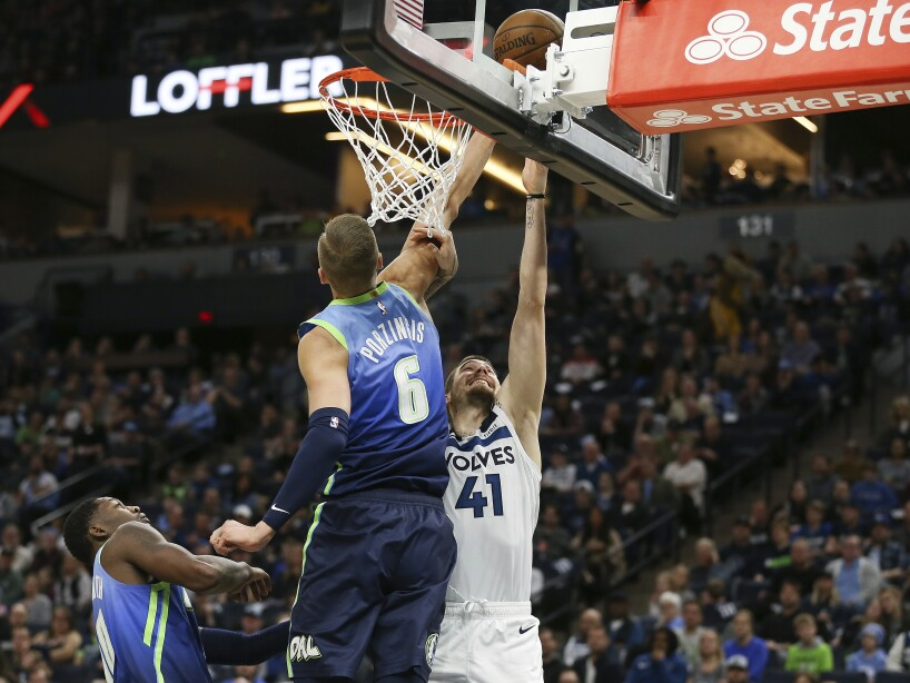 Mavericks Timberwolves Basketball