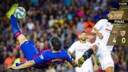 Chicharito deja con nueve al Barça en goleada ante el Sevilla