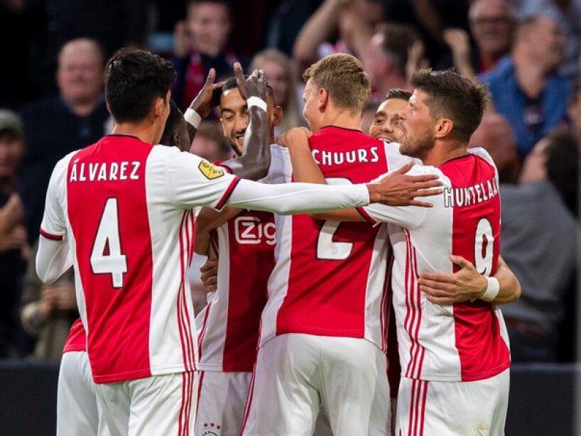 Ajax10.jpg