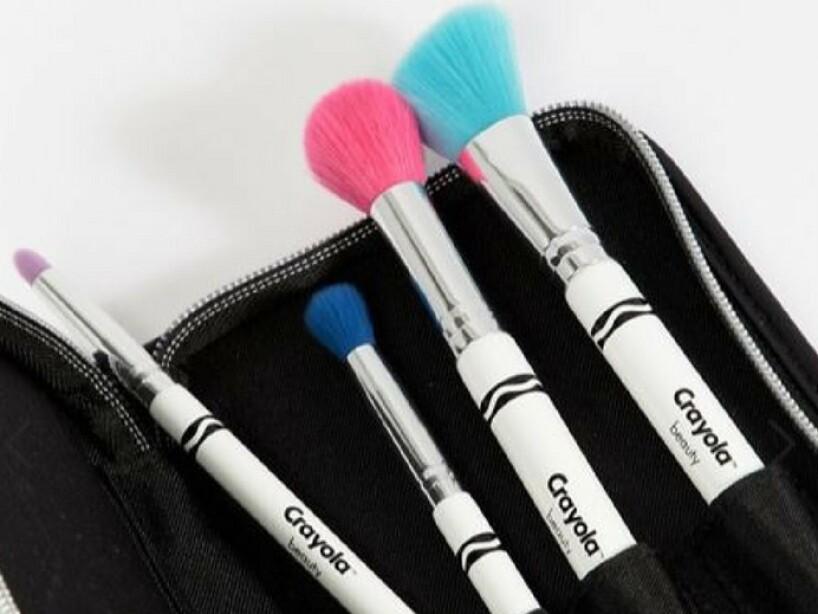 Crayola Beauty: Lanzan colección de maquillaje inspirada en crayones ...