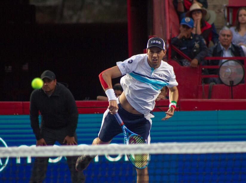 Federer_Zverev_Plaza_Mexico-1.jpg