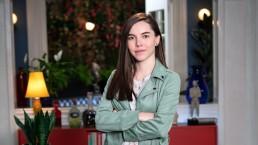 Ceci Flores expone los accidentes que tuvo en 'Mi querida herencia' y el mejor blooper de Roxana Castellanos