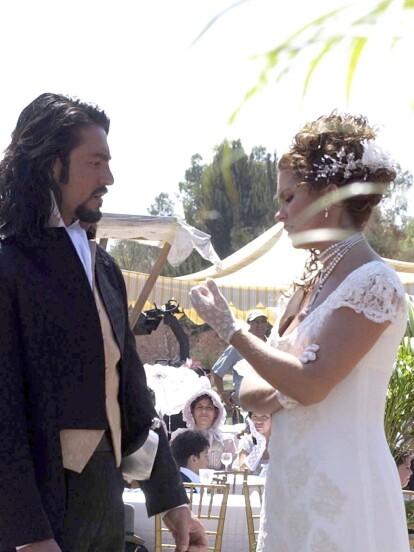 Alborada: En esta telenovela, Fernando Colunga se casaría por primera vez con Lucero en la ficción, a través de los personajes de 'Luis' e ?Hipólita?.