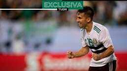 Fernando Navarro no cierra las puertas al Tricolor