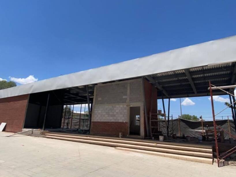 Vista de la nueva Sarape Tienda y taquillas del Estadio Madero foto 2.jpg