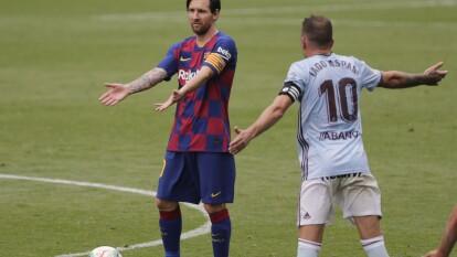 Leo Messi sufre la confusión de un Barça que mira cómo se le va La Liga.