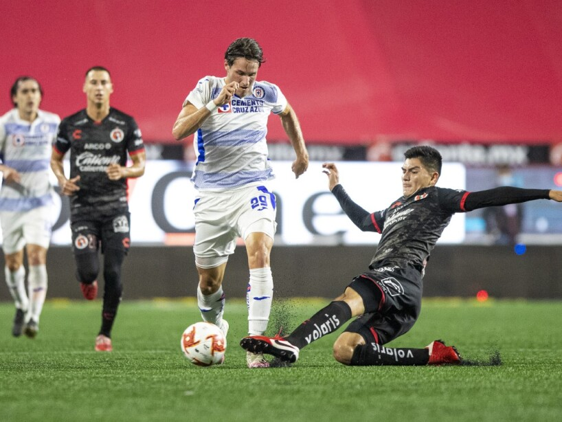 Xolos vs Cruz Azul1.jpg